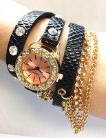 Compra Relojes hawaiano-2015 CALIENTE moda más reciente estilo de estilo hawaiano espumosos Rhinestone de cuero largo cadena de hilado reloj de cuarzo mujeres
