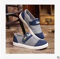 Wholesale Men canvas shoes new men to help low breathable shoes European and American fashion man set foot Velcro casual canvas shoes