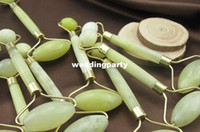 Wholesale Portable Pratical Jade Facial Massage Roller Anti Wrinkle Healthy Face Body Head Foot Nature Beauty Tool