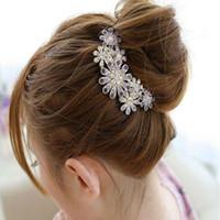 achat en gros de hairclips pour les femmes-Hot Mode féminine Fleur de cristal strass Peigne Tuck Hairclips clin épingle Accessoires cheveux pour les femmes H238