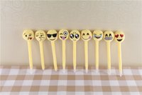 Wholesale PrettyBaby office and school use emoji plush ballpiont pen QQ face smile pen creative ballpoint pen chritmas gift in stock