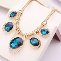 Wholesale Fashion Jewelry Women Crystal Pendant Chain Choker Chunky Statement Bib Blue Necklace Wonderful Gifts Necklaces Pendants