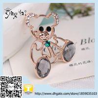 bear invitations - lovely Bear Brooch cheap brooch for women weddings Fashion Jewelry Crystal Brooch Invitation Wedding Brooch