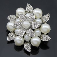 Women's christmas brooch - 2016 Mix Style Bride Wedding Brooches Double pearl flower alloy diamond brooch bouquet brooch Pearl Wedding accessories Christmas brooches