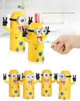 Wholesale 3 in Cartoon Despicable Me Yellow Man Toothbrush Holder Gargle Cup Automatic Toothpaste Squeezer For Baby Children Adult