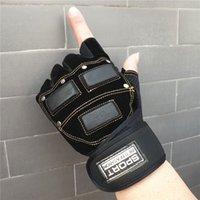 Wholesale half finger gloves breathable slip riding fitness three dimensional protective gloves weightlifting gloves Training Gloves