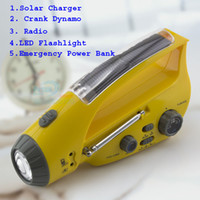 Wholesale multifunction crank Dynamo solar power radio FM AM with LED flashlight Emergency power bank for mobile charger