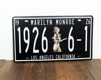 Cheap Marilyn Monroe Tin Plate Vintage Metal Painting Retro Poster License Plate Wall stickers Decoration Home Decor Art Tin Sign