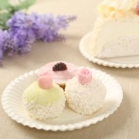 Wholesale 50pcs White Color Disposable Environmentally Birthday Cake Dishes Paper Tray Plate For Wedding Party Supplies Tableware