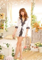 Wholesale White Sexy Pyjamas V Neck Bathrobe Sleepwear Sexy Dresses Exotic Fine Lotus Flower Embroidery Red Sexy Lingeries Low Bosom Christmas Gifts