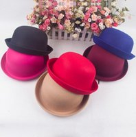 Wholesale Fashion Hat Women Girl Sweet Beret Artist Beanie Hat Solid Warm Wool Cap