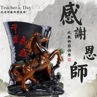 Wholesale Horse Pen creative home decorations ornaments living room office knick European modern minimalist Crafts