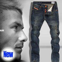 Wholesale Italian Fashion Designer Mens Jeans High Quality Straight Ripped Jeans For Men Famous Brand with the three stripes D777