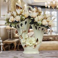 Wholesale European ceramic vase handmade baskets Mediterranean mesa hollow hollow gilt ornaments crafts