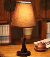 Wholesale The new modern bedroom study lamps wood simple bedside light hotel guest house guest room bed desk lamp