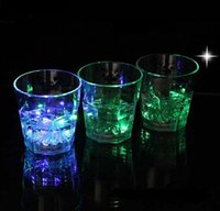 Wholesale Water Liquid Activated Colorful LED Light Glass Plastic Cup for Whisky Beer Vodka Kitchen Bar Pub ML Luminous Acrylic Flash Flashing Q1