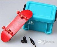 Wholesale Professional Maple Wooden Deck Alloy Trucks Finger Skateboards Bearing Wheels Tech Finger board With Bag FBS03