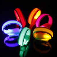 Wholesale LED Armbands Night Run Walk Cycling Safety Bracelets Lights Flashing Glow Wristbands Outdoor Sports Luminous Reflective Lattice Armbands