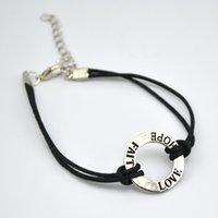 50pcs beaucoup d'argent antique plaqué connecteur anneau creux dangle initiale LOVE HOPE FAITH bracelets charmes pour cadeaux personnalisés