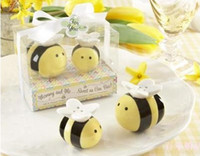Wholesale 120pcs Mommy and Me Sweet as Can Bee Ceramic Honeybee Salt Pepper Shakers baby shower favors and gifts