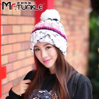 Wholesale Ms DG1486 han edition hit the new color hair bulb warm knitted hat In the fall and winter of the hat