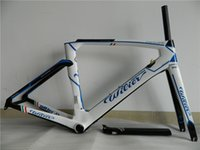Wholesale Road bike parts bicycle frame carbon frame good price colors T1000 full fiber light weight frame