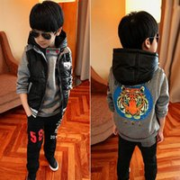Wholesale New Autumn Winter Children s Outfit Baby Christmas Clothes Boys Tracksuit Sweatshirts Vest Trousers Kids Clothings Child Outfits Hot