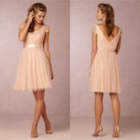 Wholesale Short Bridesmaids Dresses Knee Length Coral Lace Plus Size With Short Sleeves V Neck Custom Made Maid Of Honor