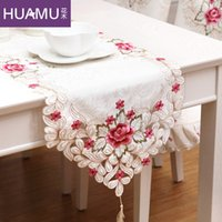 Wholesale Flowers and high end home openwork embroidery table runner European luxury table mats cover cloth tablecloths coffee table TV ca