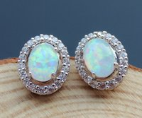 Wholesale Sparkling White Fire Opal Stud Earring for Gift