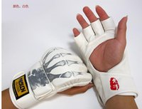 Wholesale New Grappling MMA Gloves PU Punching Bags Boxing Gloves styles Adult Fingerless boxing protect gloves