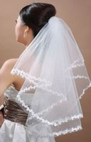 Wholesale Vintage White Ivory Short Tulle Wedding Bridal Veil Elbow Length One Layered Lace Appliques Wedding Accesories Veils Cheap