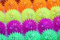 Wholesale Soft Rubber Flash Ball LED Flash Ball Toys Hedgehog Ball Bouncing Ball Flash Barbed Ball Led Flash Pet Toys Christmas Birthday Festival Gift