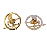 authentic movie props - Authentic Prop imitation Jewelry Katniss Movie The Hunger Games MOCKINGJAY PIN badge with OPP bag Fashion ridicule Hunger Games Bird Brooch