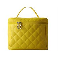 Wholesale Travel Toiletry Bag Yellow Color High Quality Polyester Fabric Materials Large Portable Makeup Bags with Zipper Hot Sale