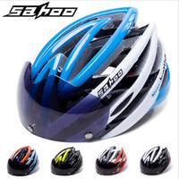 Wholesale ROSWHEEL Magnetic Bicycle Helmet Ultralight Cycling Glasses Helmets Integrally molded MTB Road Bike Helmet UV Protection Visor