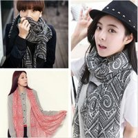 Wholesale Fashion pashmina scarf women grid with round print voile scarf winter and autumn brand scarves soft woman scarf shawl