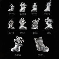 Wholesale Hot Sales Christmas Decoration Charms Pendants Alloy Christmas Shoes Pendants Hot Santa Beads