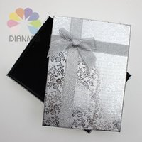 Wholesale x13x3cm Fashion Silver Rose Paper Jewelry Necklace Earring Ring Large Set Box For Gift Packaging Display