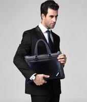 Wholesale Hot sale new fashion designer handbag men shoulder bag leather bags messenger bag business bagdelivery free of HLSD921