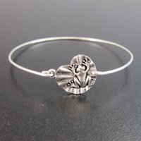 animals amphibians - Amphibian Frog on a Lily Pad Bracelet Europe and the United States Hot Sale Flying Bird jewelry YPQ0105