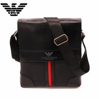Wholesale Hot new European and American fashion stitching leather briefcase men shoulder messenger bag