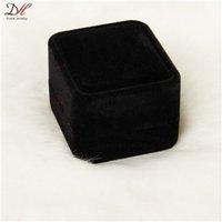 Venta caliente de lujo Joyería atmosférica Box Campeonato Terciopelo Negro Cajas de anillo para los hombres
