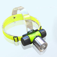 Wholesale Waterproof IP68 CREE U2 LED Lumen underwater m LED Diving Flashlight head lantern Headlamp AAA Dive head light