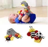4pcs / set bébé jouet jouets maison Lamaz Jardin Bug Wrist Rattle Foot Chaussettes, Original lamaze Jardin Bug Wrist Rattle Foot Chaussettes