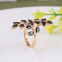 Cheap Top Quality 18K Gold Plated Finger Rings Elegant Brand Jewelry CZ Diamond Austrian For Women Wholesale R001