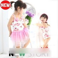 Cheap Cute Girls Printed Flower Butterfly Ruffle Swimsuit Swimwear Bathing Suit children Baby skirts Tulle Floral Suits With Hats 3pcs Set A1850