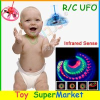 Wholesale Flying UFO Hovering Saucer Sensor RC Remote Control Toys Mini RC Helicopter Quadcopter Radio Floating Balls Sensing Toys