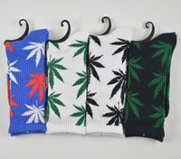 Wholesale Unisex Plantlife Cotton Skateboarding Socks Men s Maple Leaf Socks Hip hop Hosiery Warm Thick Free Size socks