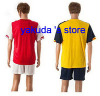 Wholesale Customized Home Red And Away Yellow Soccer Jerseys With Short New Alexis Ramsey Ozil Walcott Giroud Soccer Football Uniforms